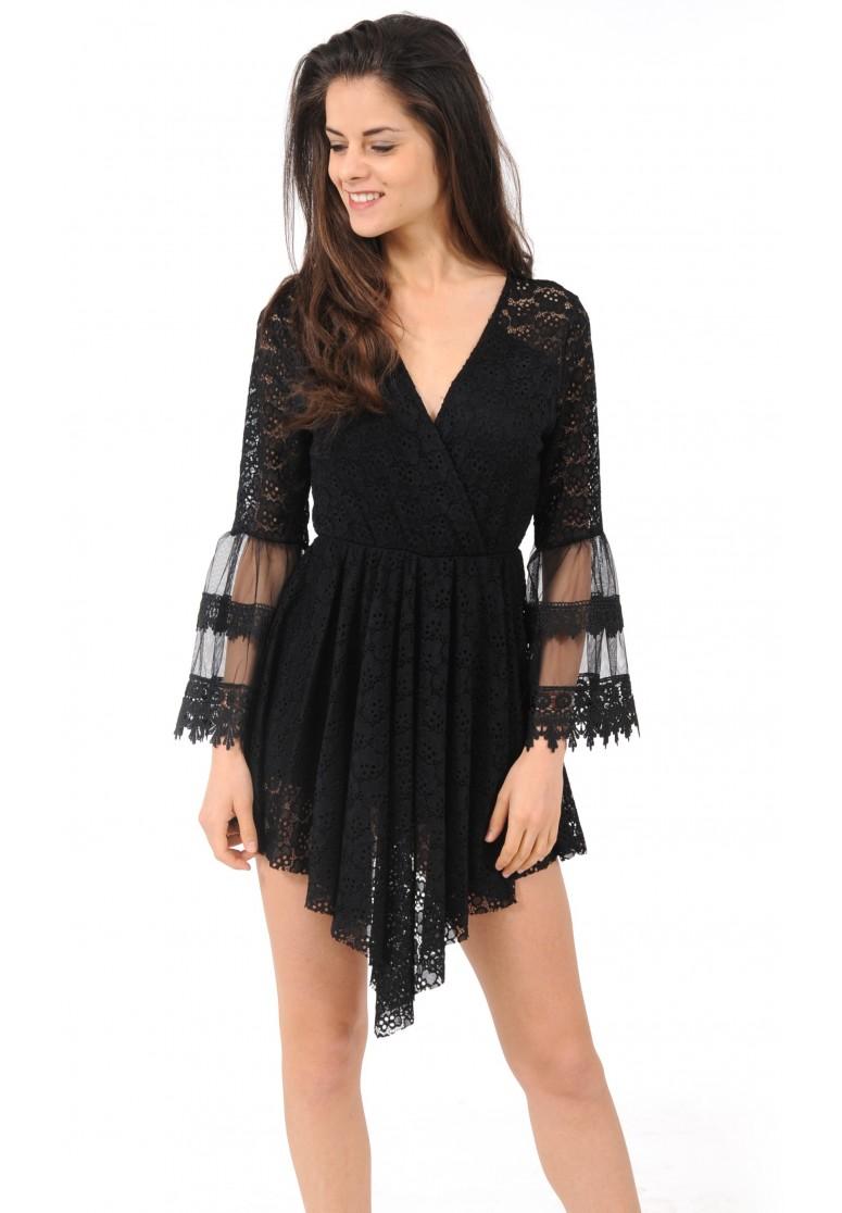 Combishort noir en dentelle effet robe
